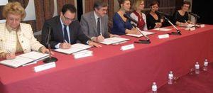 Signature_convention_25_nov_a_gennevilliers-40061