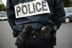 Policier2